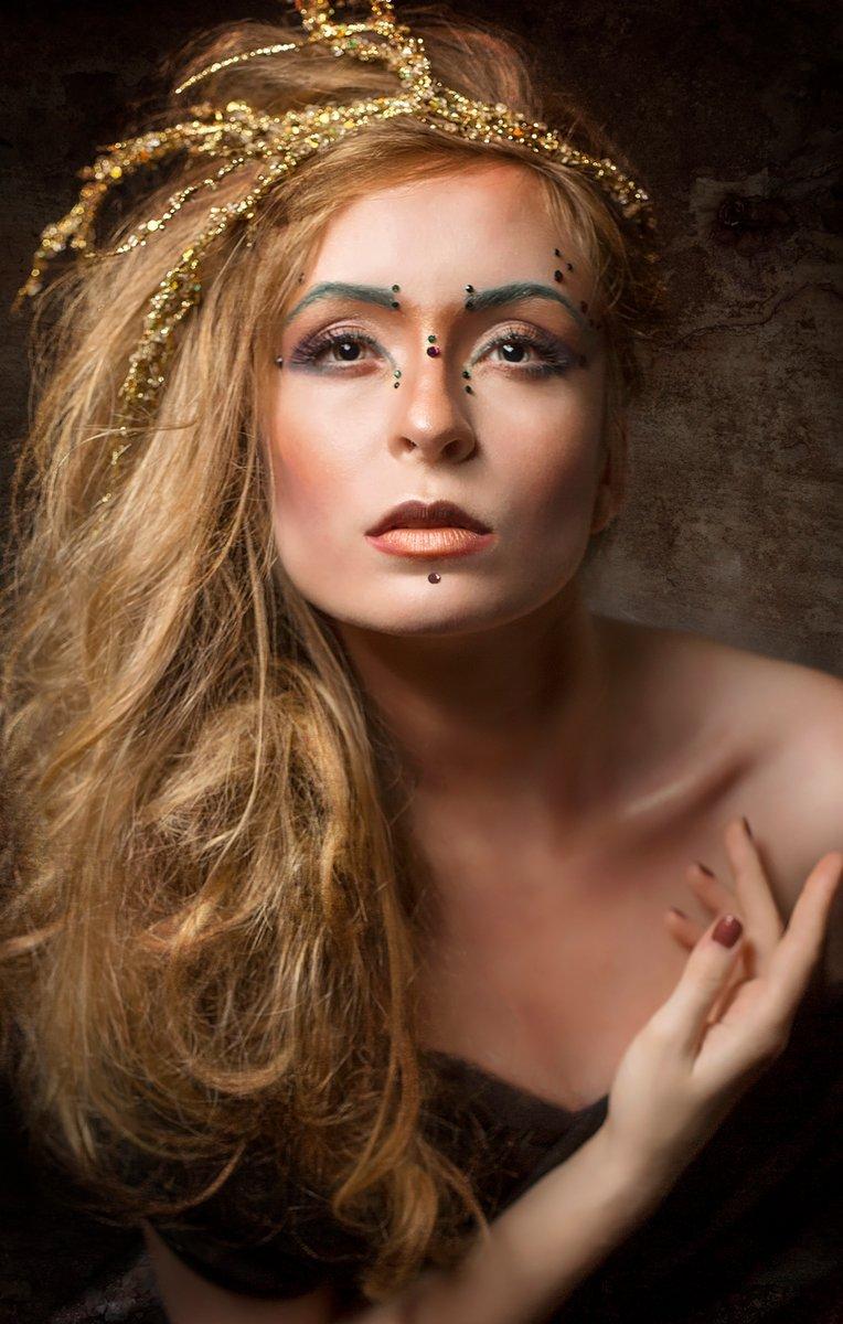 Brittney Shumaker Nude Photos 6