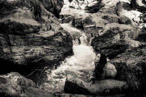 Soul's river   by svphotograph / boudoir à la française , EVON Magazine, Model : Cathy
