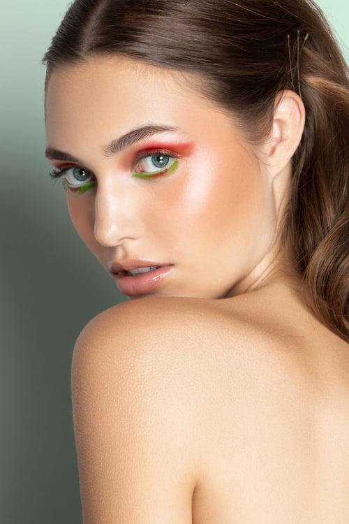 Work  by Alexa Tokich, Hali Mc Gowan, Olga Grebennikowa, Erica Honing, Chelsey Brenter, La Models