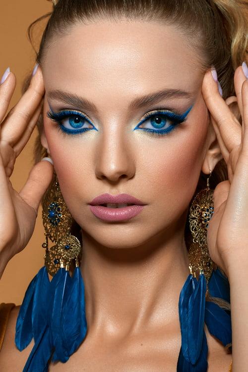 "Editorial ""Can't get blue out of my head"" for Make-Up Trendy | Model: Karolina | HMUA: Agini Makeup Artist of MUA Familia   by Focused On Beauty, Agnieszka Krzyzowska, Karolina Maczek"